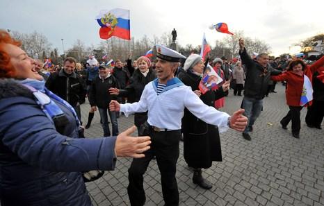 El 95% de los crimeos apoya la adhesión a Rusia, según primeros datos oficiales