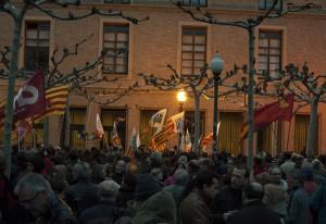 Medio millar de personas se han concentrado en la capital aragonesa en solidaridad con las Marchas por la Dignidad. Foto: Diego Díaz (AraInfo)