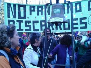 La campana de Eres suena en Madrid. Foto: Coordinadora Biscarrués-Mallos de Riglos