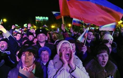 El Parlamento crimeo proclama la independencia y pide oficialmente la anexión a Rusia