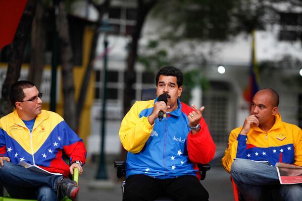 """Maduro reitera el llamamiento a """"seguir derrotando el golpe de Estado continuado"""""""