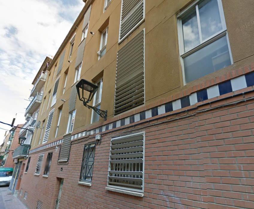 Inquilinos contra los alquileres desproporcionados de Zaragoza Vivienda