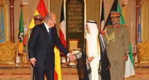 El Rey Juan Carlos saluda a Sabah Al-Ahmad Al-Jaber Al-Sabah, Emir de Kuwait. Foto: Casa Real