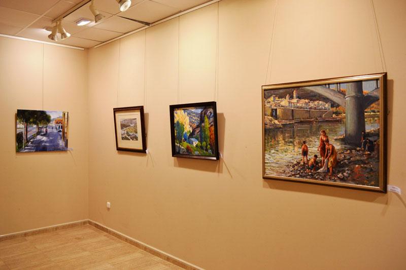 Mequinensa clausura la exposición de los alumnos y alumnas de los cursos de pintura del 'Grupd'Art'