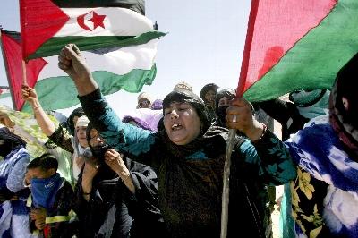 """El Frente Polisario destruye las últimas minas terrestres que almacenaba en una """"clara muestra"""" a favor de desbloquear las negociaciones de paz"""