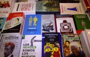 Algunos de los libros que se pueden encontrar en La Pantera Rossa.