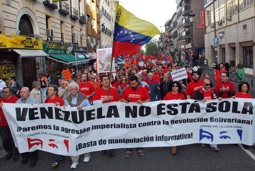 Más de 500 personas marchan en Madrid en defensa de la Revolución Bolivariana