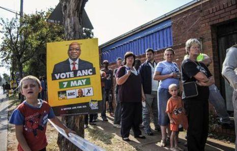 El ANC se posiciona como primera fuerza tras haberse escrutado el 40% de los votos
