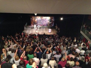 Imagen del acto central de Podemos en Zaragoza durante la campaña para las europeas.