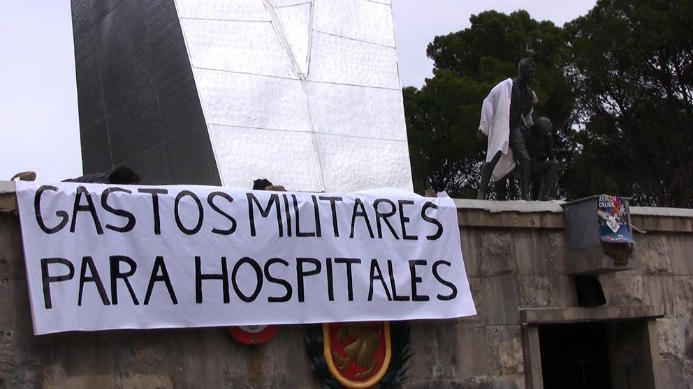 """Puyalón de Cuchas – Os Pueblos Deciden exige al gobierno del Estado español """"que se recorten los gastos militares"""""""