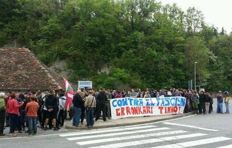 La PAZ muestra su apoyo al pueblo de Lecinyena ante la concentración de extrema derecha convocada con la excusa del lobo