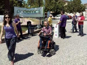 Imagen del acto de Podemos en el barrio zaragozano de Torrero.