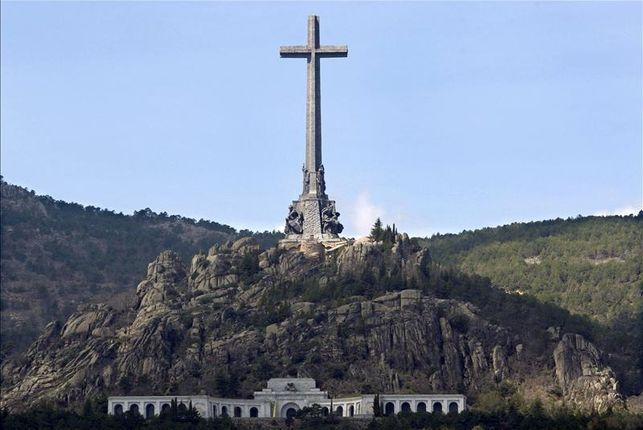Francisco Franco será enterrado en la Catedral de la Almudena de Madrid
