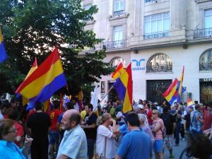 Concentración en Zaragoza por la República