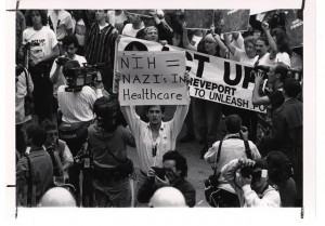 Acción de Act Up en mayo de 1991 para denunciar las trabas a la investigación sobre el VIH-sida. Foto: National Instute of Health