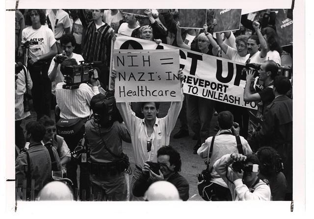 Los activistas del VIH reivindican su propia memoria histórica
