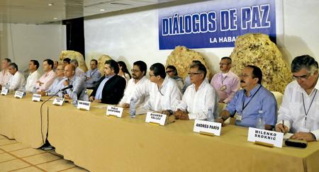 """""""Jóvenes y mujeres en la construcción de la paz en Colombia"""""""