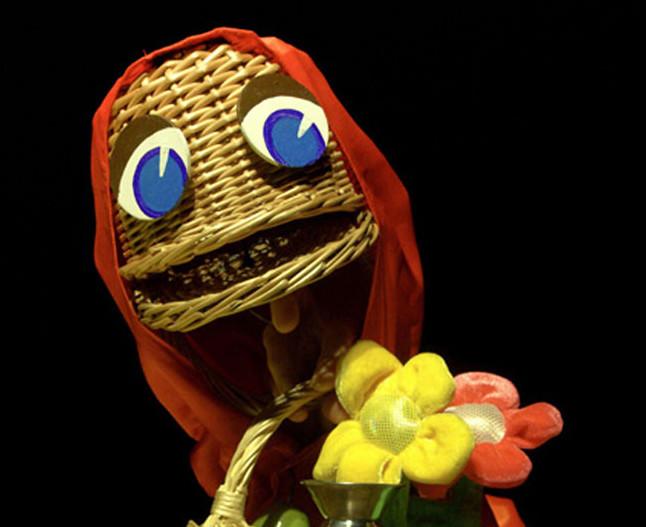 Arbolé pone en escena su divertida y original versión de Caperucita Roja