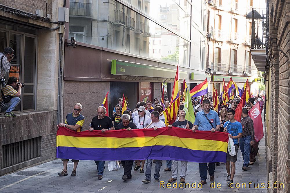 Clamor popular en Uesca por el referéndum