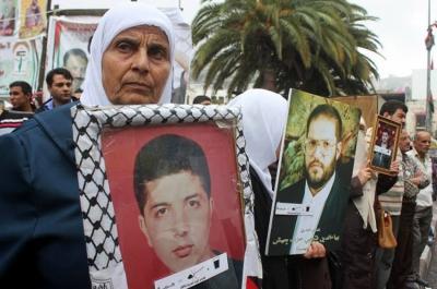 La huelga de hambre colectiva de presos palestinos más larga de la historia supera ya los 50 días