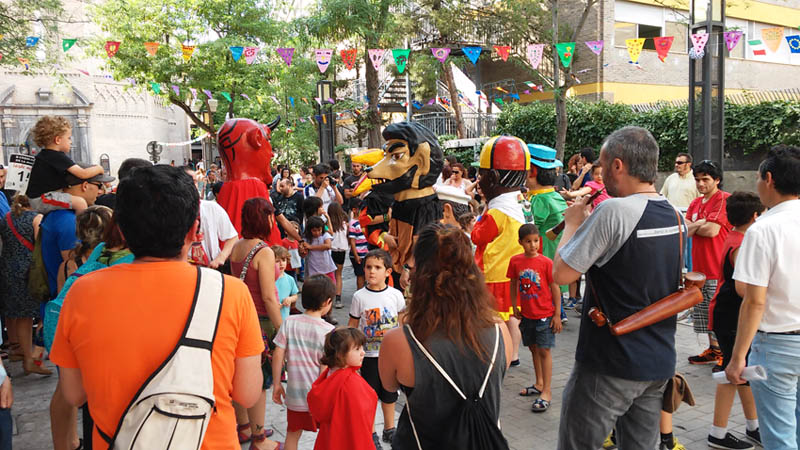 Despega la XXIX Semana Cultural de la Madalena: «Tu 'banco', tu gente, tu barrio, tu calle»