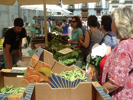 La Plataforma por la Huerta zaragozana se suma a la celebración del 5º Aniversario del Mercadillo Agroecológico