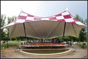 El kiosko del parque de La Paz se volverá a llenar de música este sábado con el RepublikFest. Foto: Primo Romero