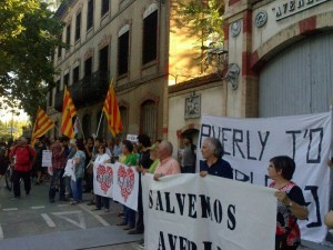 Imagen de la manifestación en defensa de Averly. Foto: Puyalón de Cuchas