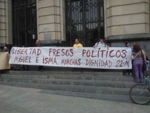 Imagen de la concentración de este jueves en la capital aragonesa. Foto: Kanibal Esmiz