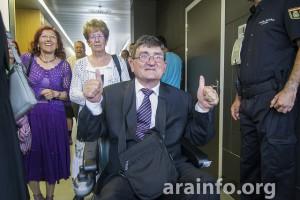 Marga Ribas, Marisol Ibáñez y Antonio Aramayona a la salida del juicio.  Fotografía: Pablo Ibáñez (Arainfo)