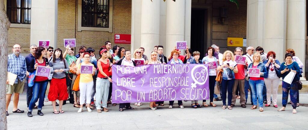 Aprobada la reforma de la ley del aborto con el rechazo de casi toda la oposición y el desacuerdo de varios senadores del PP
