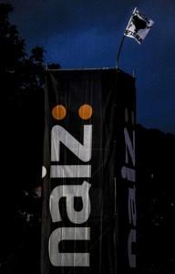 Patrocinio de Naiz en el festival Hatortxu, en Atarrabia, en junio de 2013.
