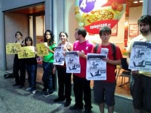 Concentración de apoyo a los paros en Telepizza Zaragoza. Foto: @cazagra