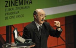 Álex Angulo, cuando recibió el premio Zinemira en 2010. Foto: Jon Urbe (Argazki Press)