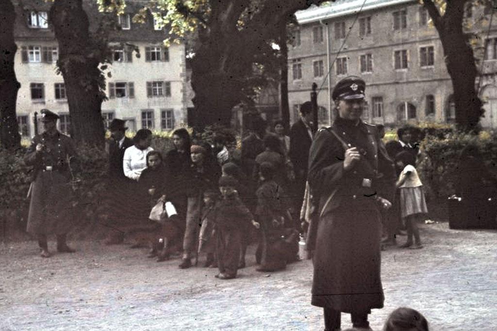 El pueblo gitano conmemora el setenta aniversario del genocidio en Auschwitz