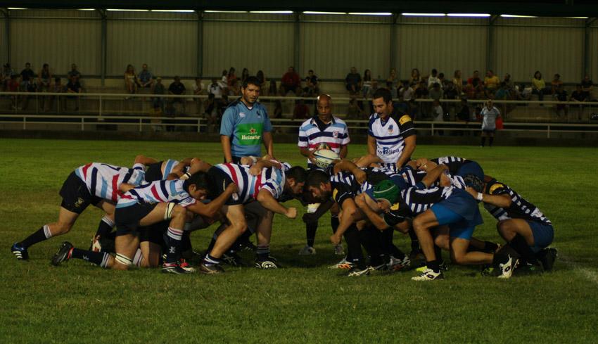 Jornada de promoción del rugby en el Campo Municipal 'Las Rías' de Mequinensa