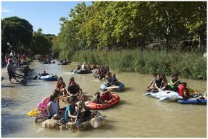 Decenas de embarcaciones participaron en la reivindicativa Bajada del Canal. Foto: Primo Romero [Galería de fotos de AraInfo]