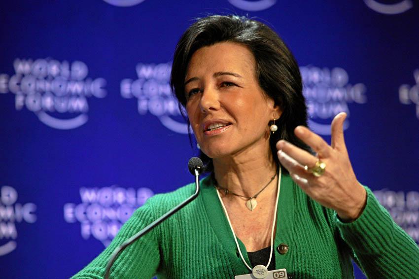 ADICAE pide a Ana Botín «que no se ría de los accionistas»
