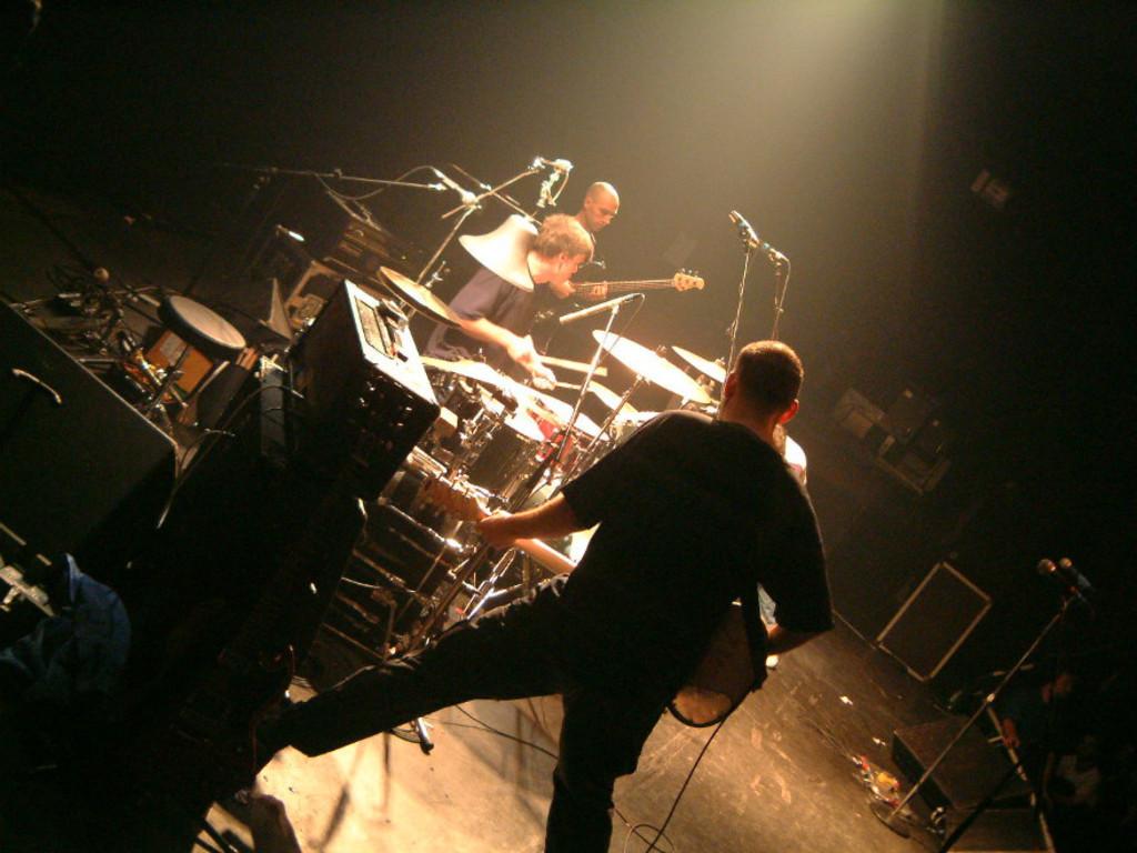 26 años después Fugazi reedita su primera demo