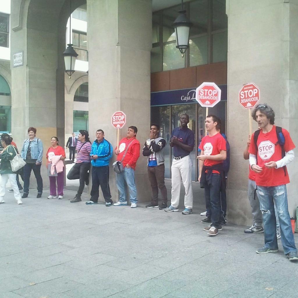 Stop Desahucios mantendrá las movilizaciones en Caja Duero hasta encontrar una solución