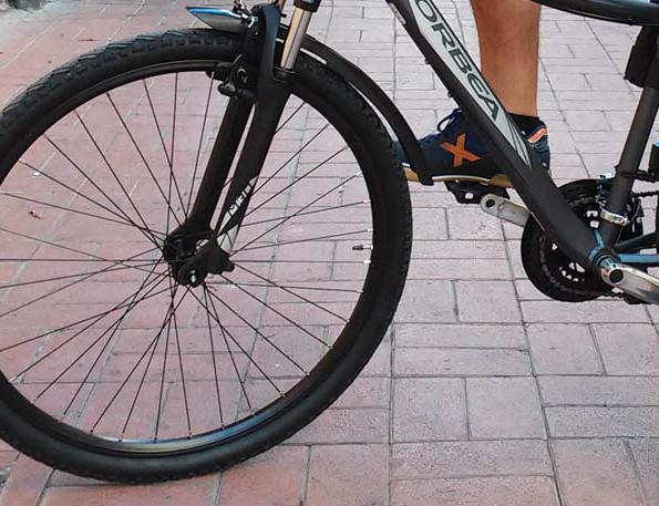 Indignación en el colectivo ciclista ante el «aluvión» de multas en Zaragoza