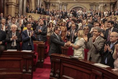 A lei de consultas catalana ubre o camín cara o 9-N