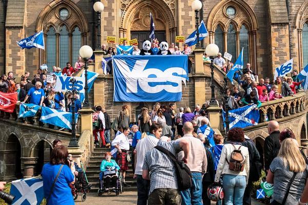El Sunday Telegraph da ventaja al 'sí' en la recta final de la campaña por la independencia de Escocia