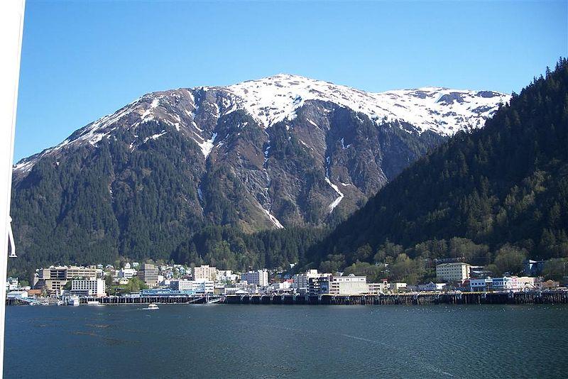Alaska oficializa as suyas luengas autoctonas