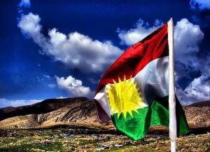 Bandera kurda. Foto: Jan Sefti