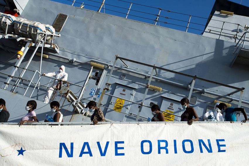400 personas fallecen en un nuevo naufragio en el Mediterráneo