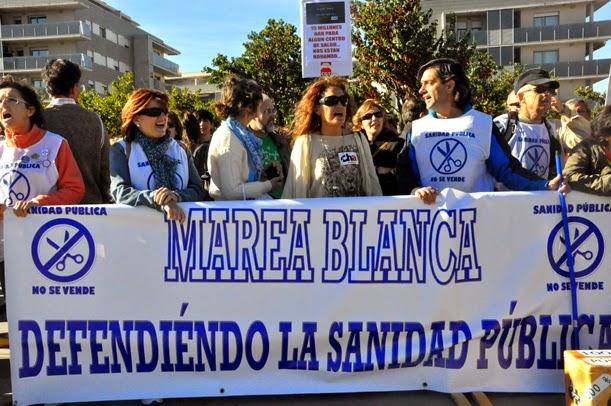 Manifestación en Uesca contra los recortes, la privatización y la exclusión sanitaria
