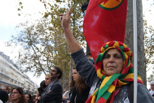 Los kurdos claman a la ayuda internacional urgente para evitar una masacre en Kobane