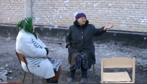 Testimonios de los abuelos de Kriashchevatoe. (Fotograma del vídeo de Eloy Fontán).