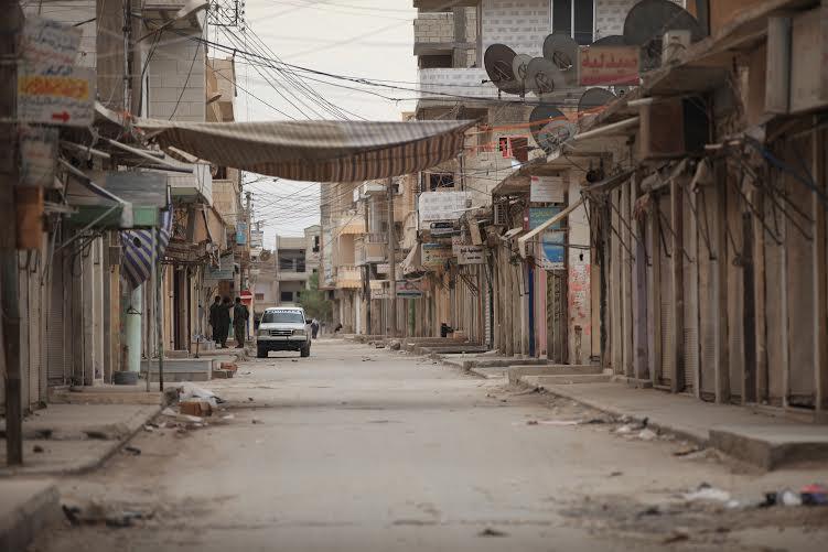 La resistencia kurda sigue resistiendo los ataques del ISIS en Kobane